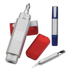 Set de destornillador modelo pluma, con dos herramientas,tapa plastica, cuerpo blanco