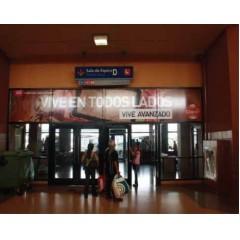 Vallas publicitarias terminal de albrook (puerta sala de espera D1)